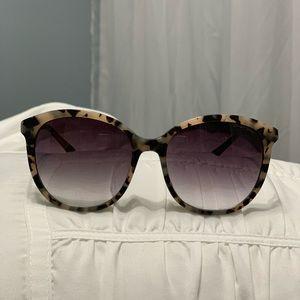 Draper James Creme Tortoise Carter Sunglasses